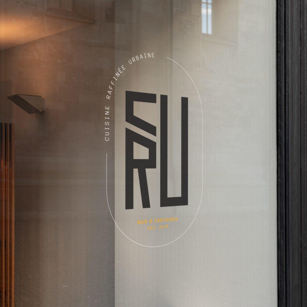CRU Restaurant - Vitrine